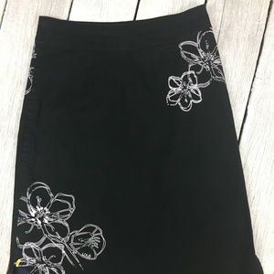 Lole 6 Black White Stretch Floral Accent Skirt